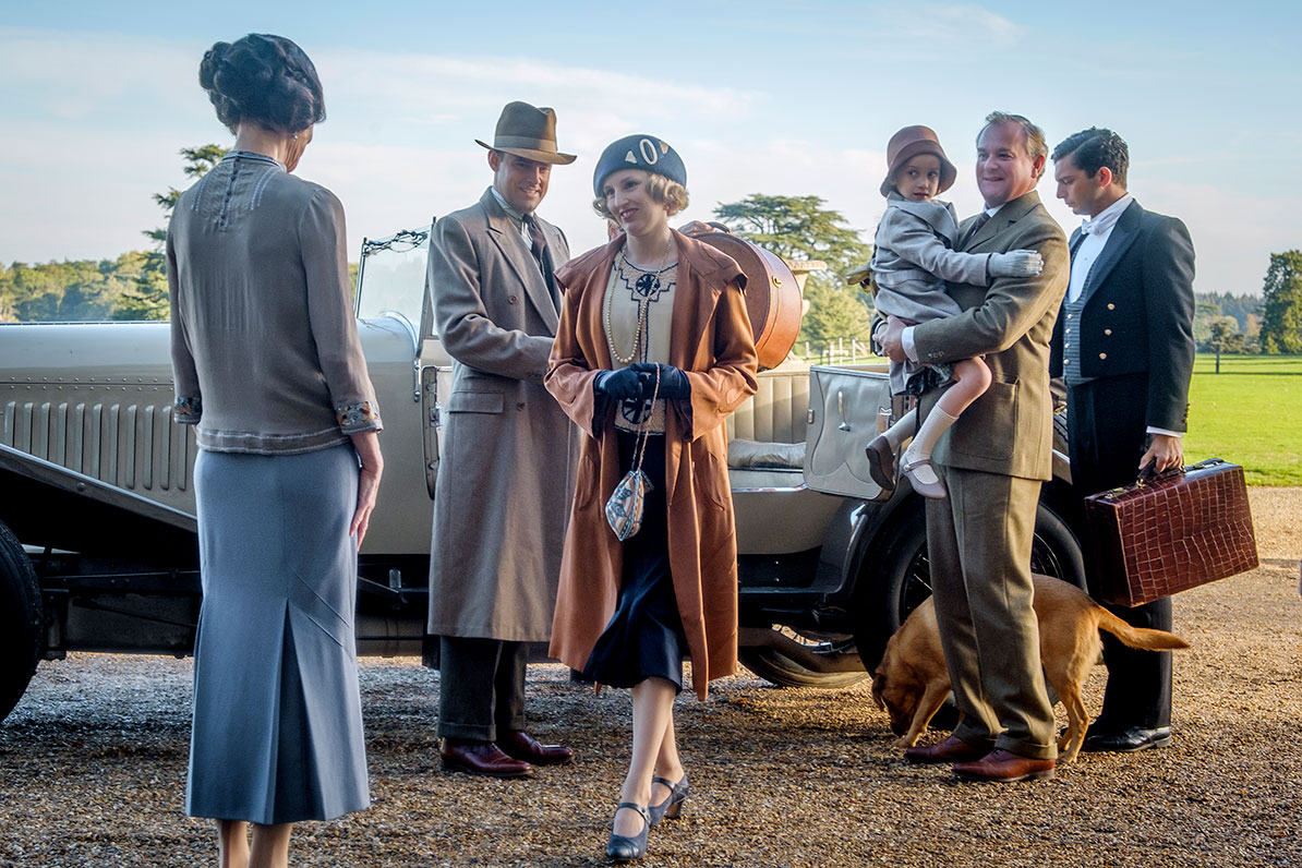 Edith and her family return to Downton Abbey