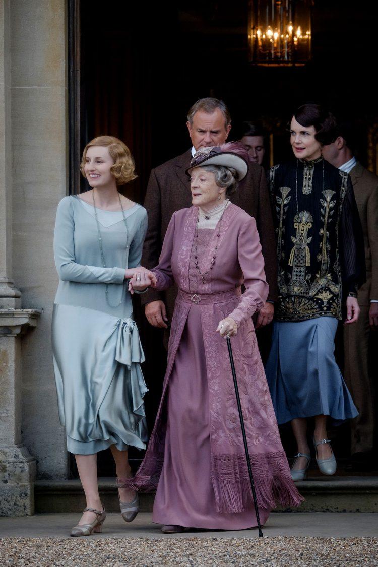 Maggie Smith returns to Downton Abbey