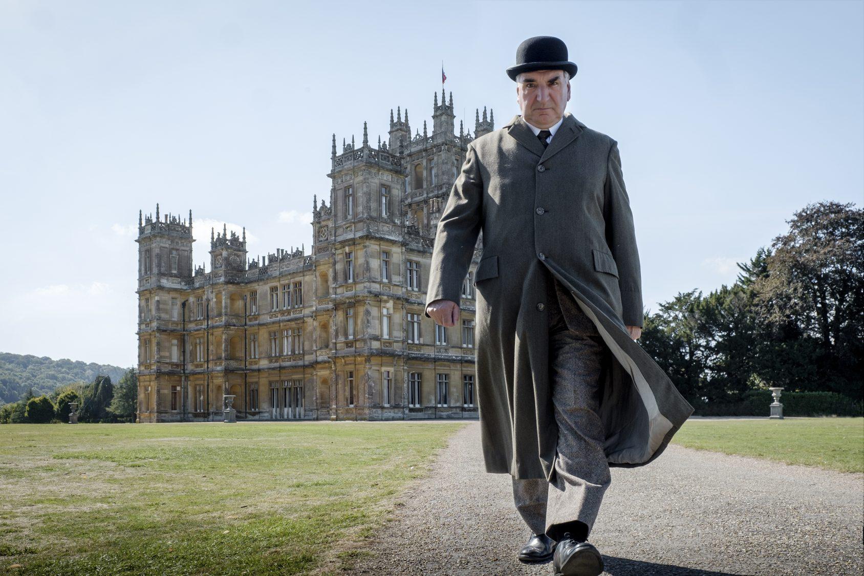 Carson returns to Downton Abbey
